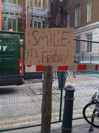 Smile_itsfriday